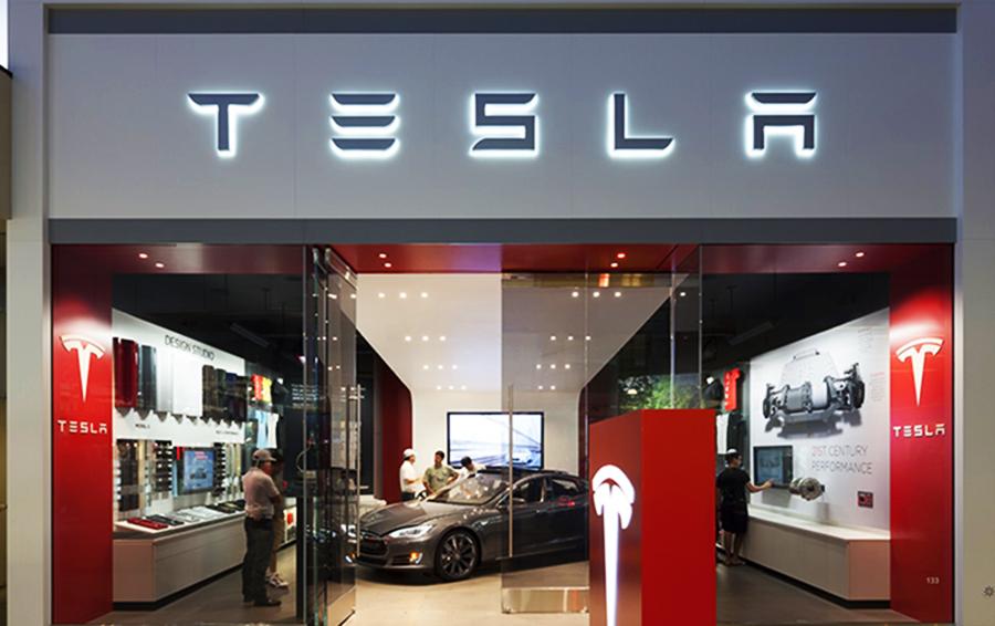 Топ-менеджер Tesla ушел из-за конфликта с Илоном Маском