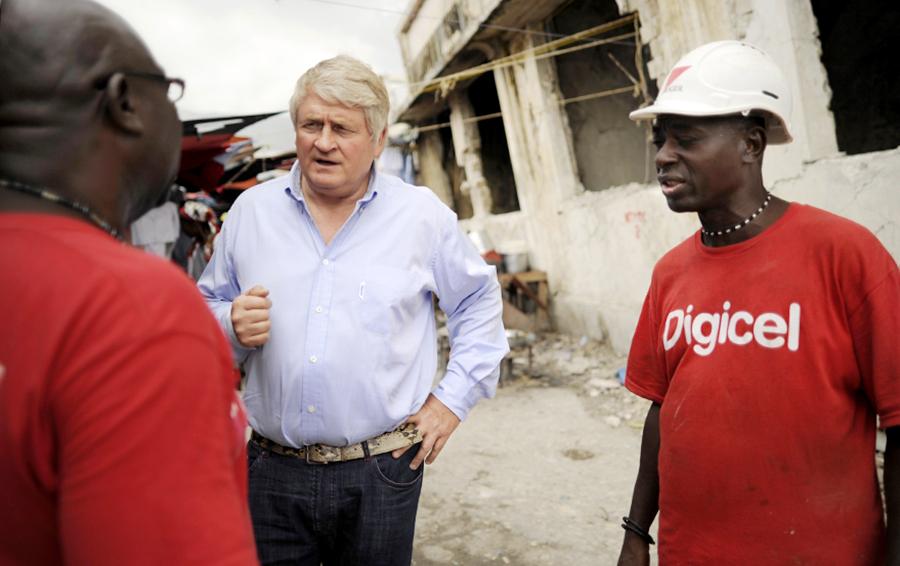 Ирландский миллиардер помогает странам Карибского бассейна восстановиться после ураганов