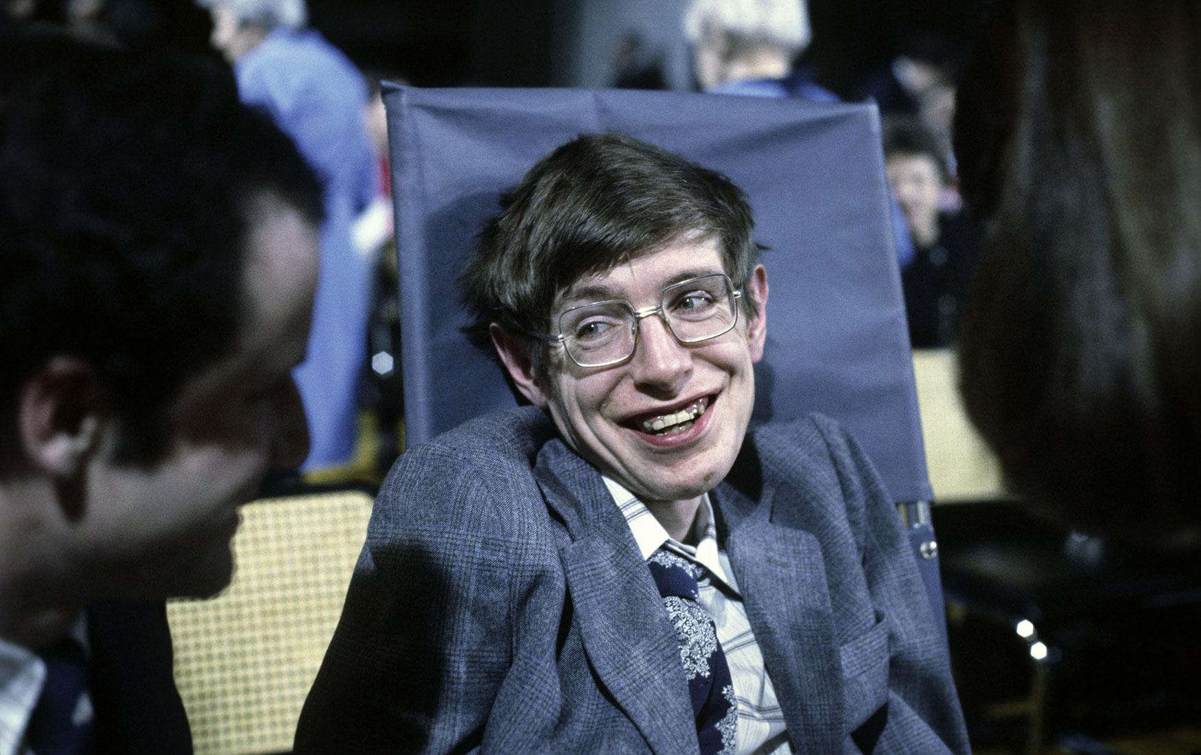 Краткая история вечности: каким мир запомнит Стивена Хокинга