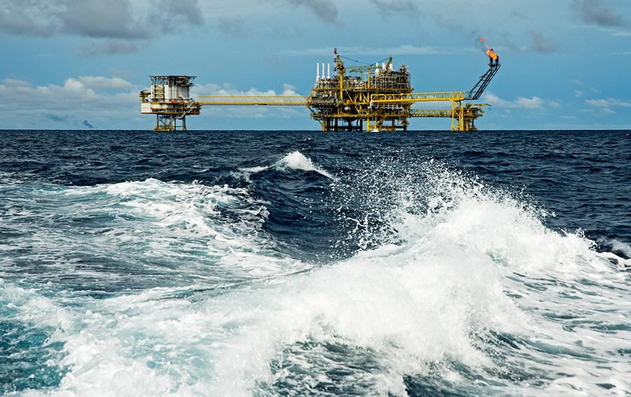 Прерванная связь. Как дорожающая нефть повлияет на курс рубля