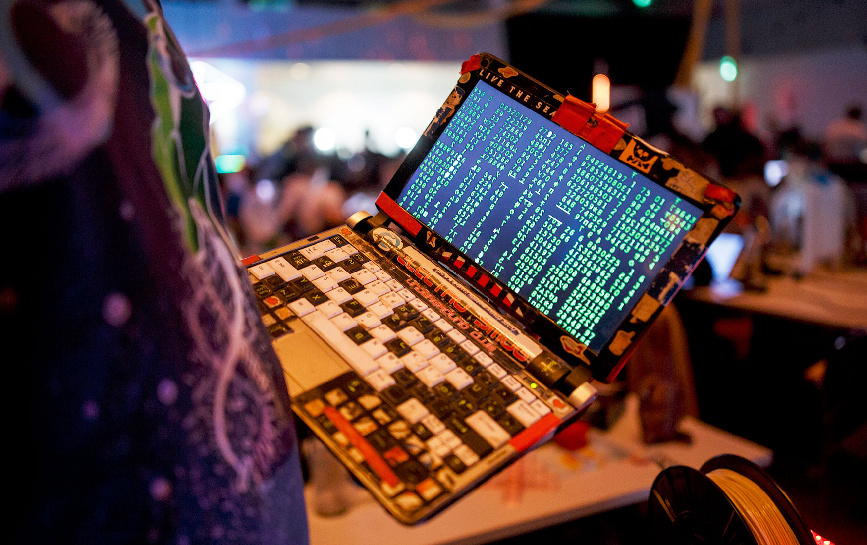 Полис от хакера. Компаниям придется массово страховать киберриски
