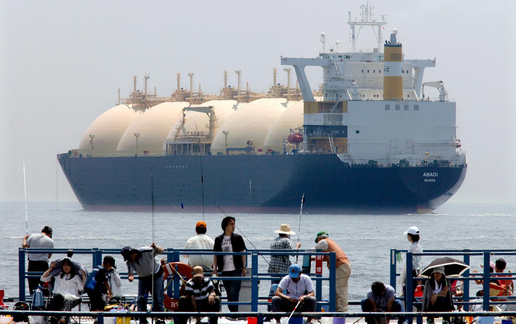 Дадим газу. Правительству нужно снять все ограничения на экспорт СПГ