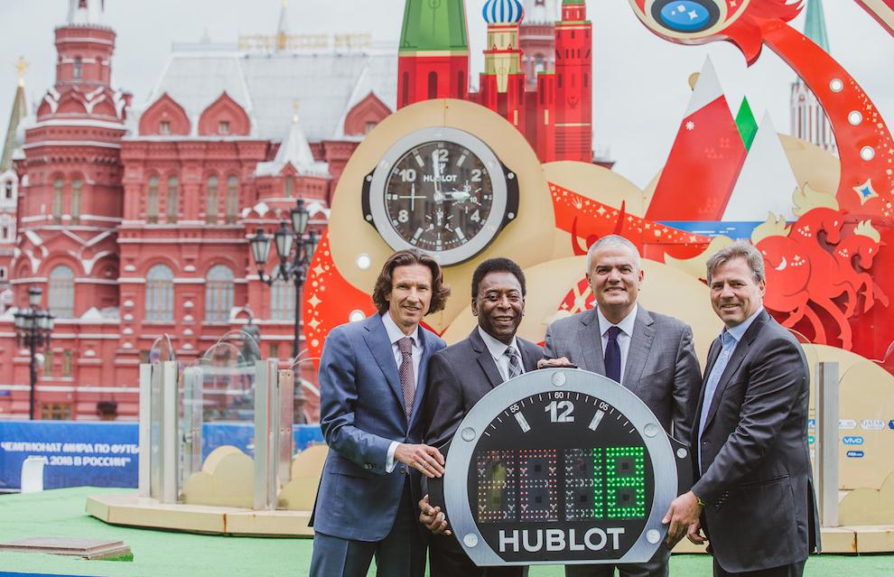 Пеле открыл часовой бутик Hublot в Москве