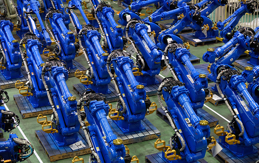 Робот: нанять и простить. Заменит ли автоматизация рабочих в российском машиностроении?