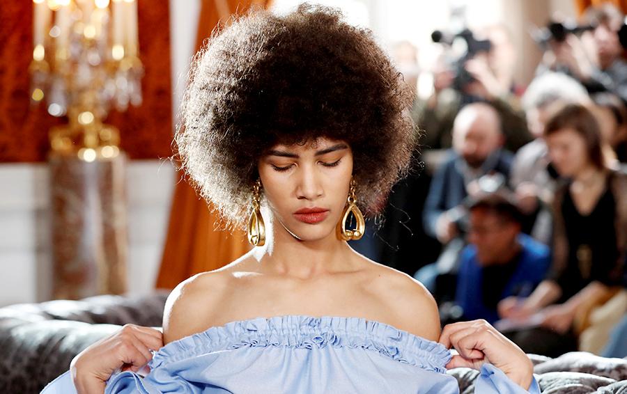 Модные дома Gucci, Prada, Saint Laurent дают отвод малолетним и дистрофикам