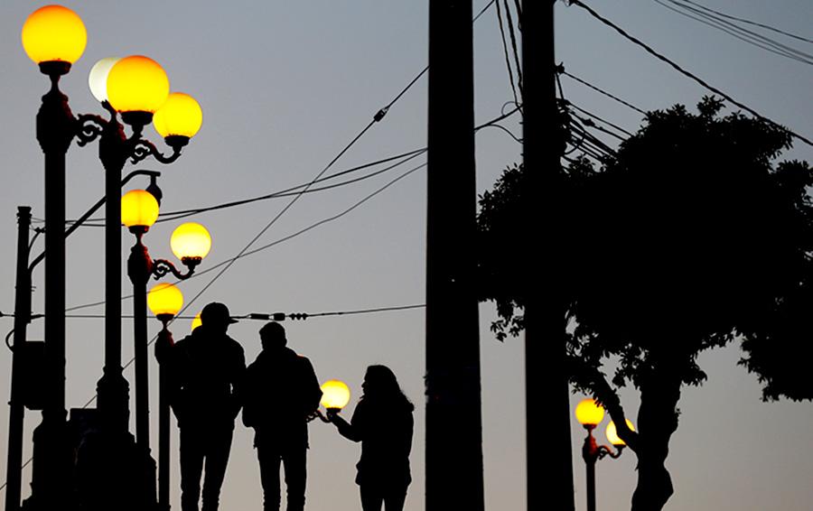 Правительству до лампочки: Медведев утвердил новые требования к осветительным приборам