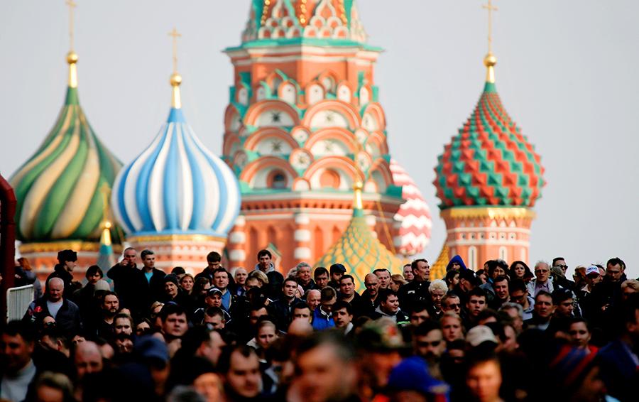 Российская стабильность: почему благосостояние страны трудно превратить в благополучие граждан