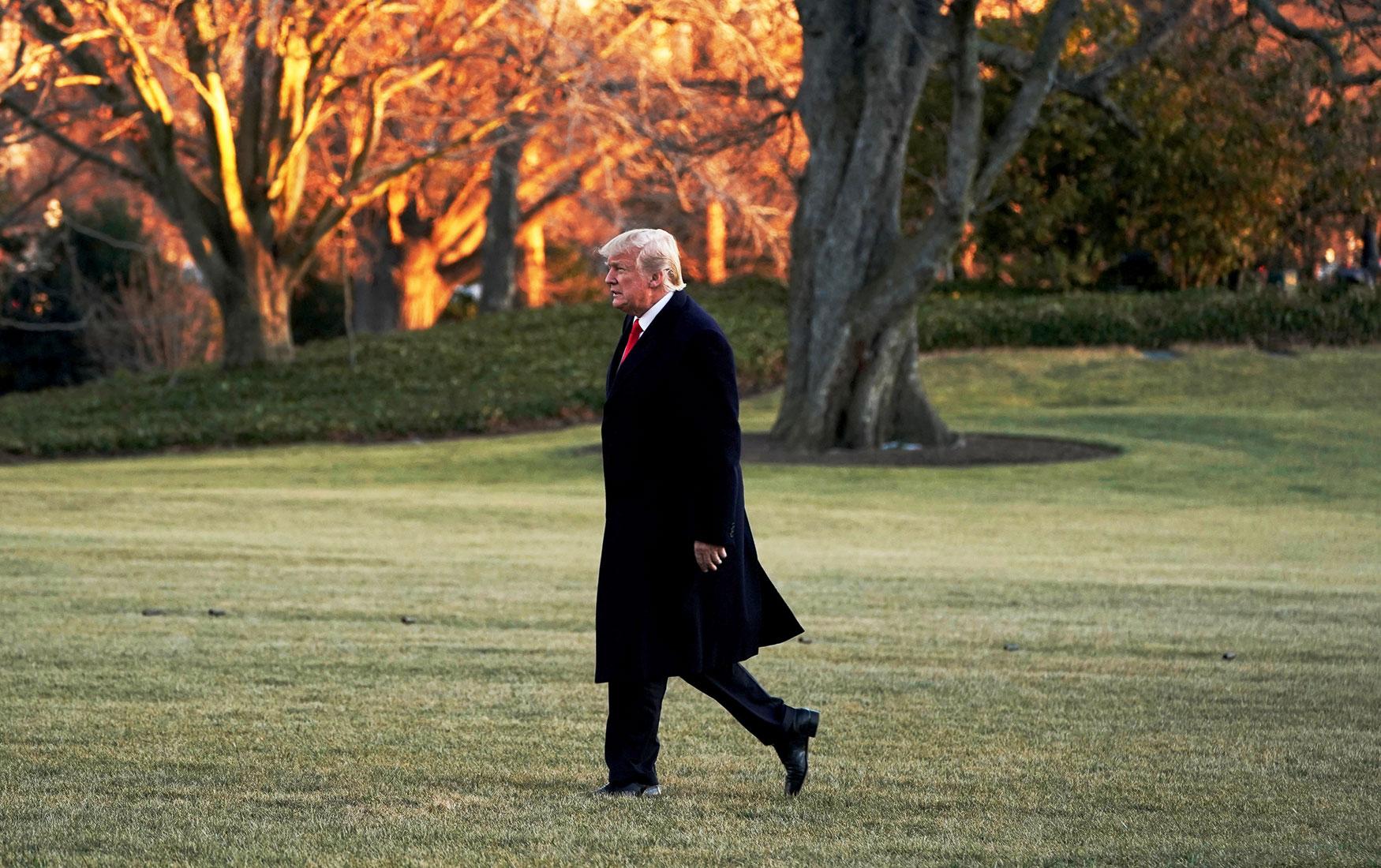 Война с Китаем: как введенные Трампом пошлины могут повредить экономике США