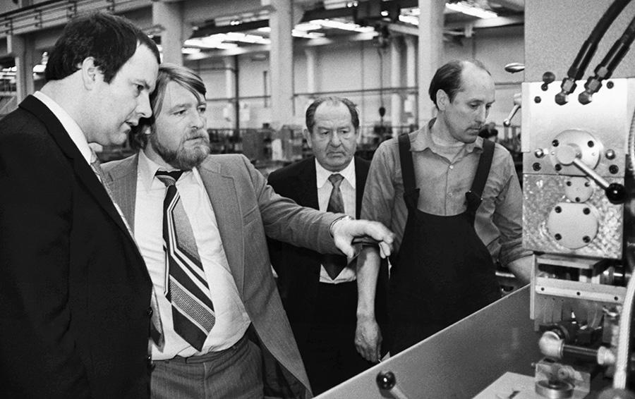 Промышленные романтики: чему молодые менеджеры могут научиться у руководителей из СССР