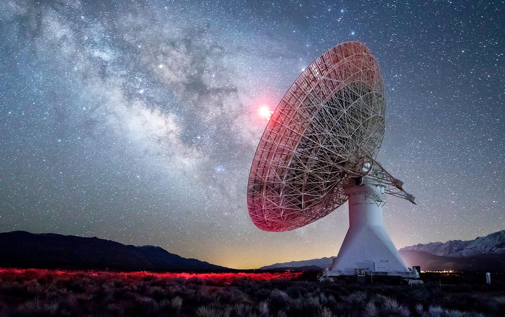 Звездная пыль. Как ученые ищут жизнь во Вселенной