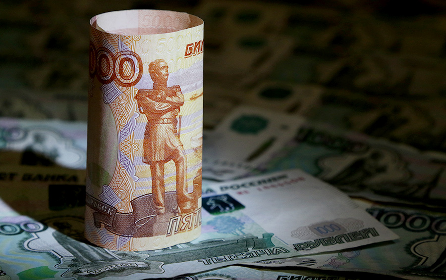 «Политика шантажа». «Роснефть» снова требует арестовать активы «Системы»