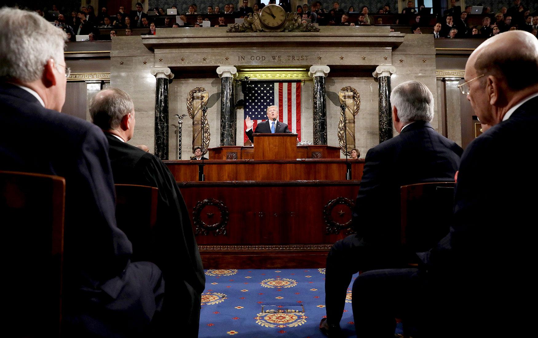 Чистка рядов. Как санкции против России отражаются на внутренней политике США