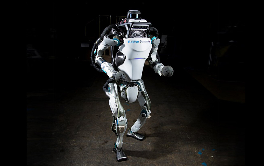 Boston Dynamics научила своего робота прыгать и делать сальто назад