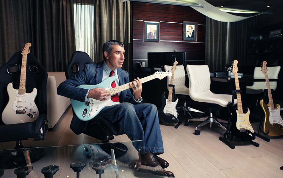 Кому подпевает Чубайс: топ-менеджер «Роснано» открывает в Самаре музей рок-н-ролла
