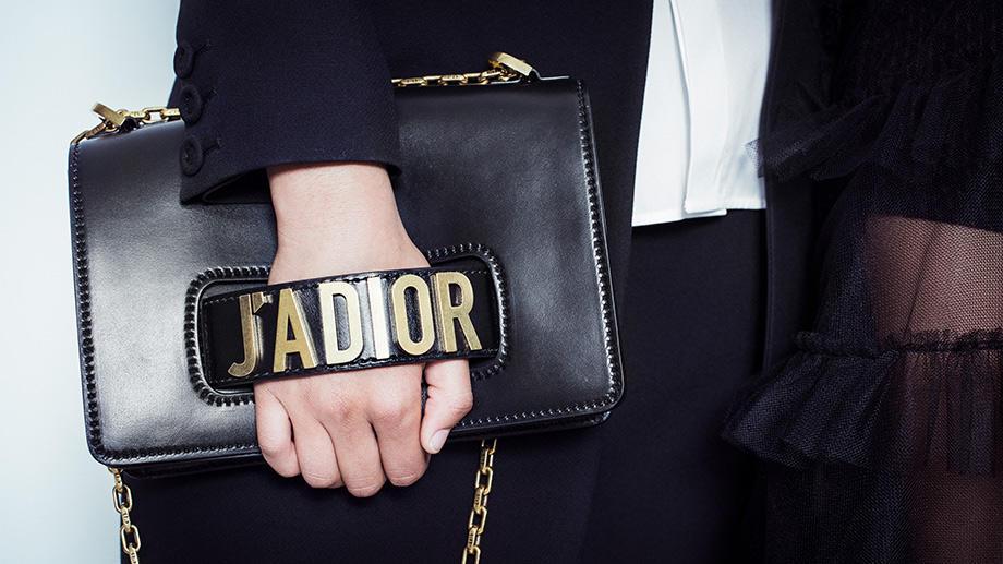 Праведный бунт: глава Dior и главная феминистка парижского подиума Мария Грация Кьюри