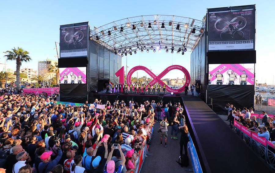 Старт юбилейной «Джиро д'Италия» обошелся Сардинии в €6 млн, но многомиллионная телеаудитория того стоит