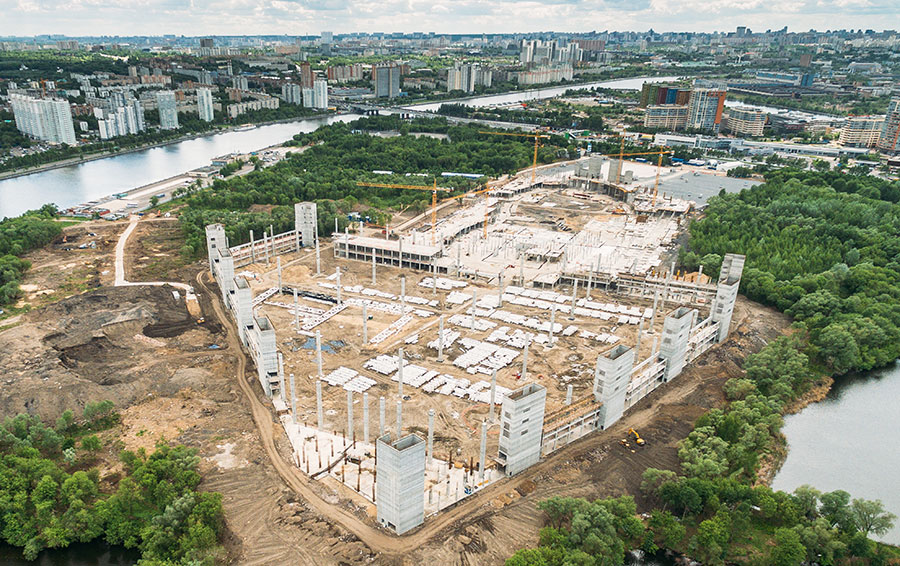Строительство парка развлечений «Остров мечты» в Нагатинской пойме в Москве