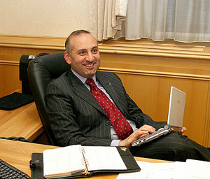 Камран Улуханов