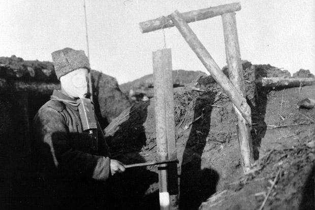За время войны было изготовлено более 15 млн противогазов