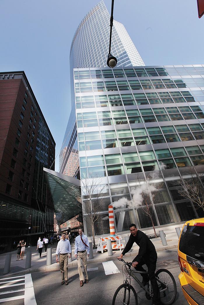 Доход трейдеров Goldman Sachs, как и во всех банках, сильно зависит от програмного обеспечения