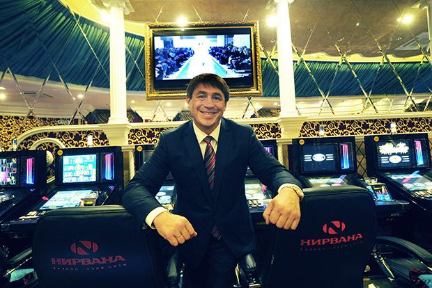 Владелец казино «Шамбала» и «Нирвана» Максим Смоленцев на открытии казино «Нирвана»