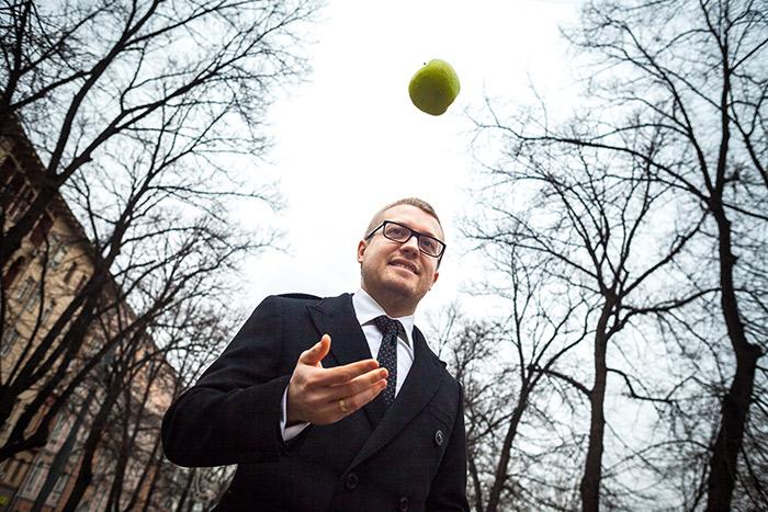 Семен Ганич хочет открыть в Казахстане три предприятия по сушке овощей и фруктов -- сырье там дешевле
