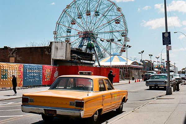 Почти половина владельцев малых предприятий в Нью-Йорке родились за пределами США