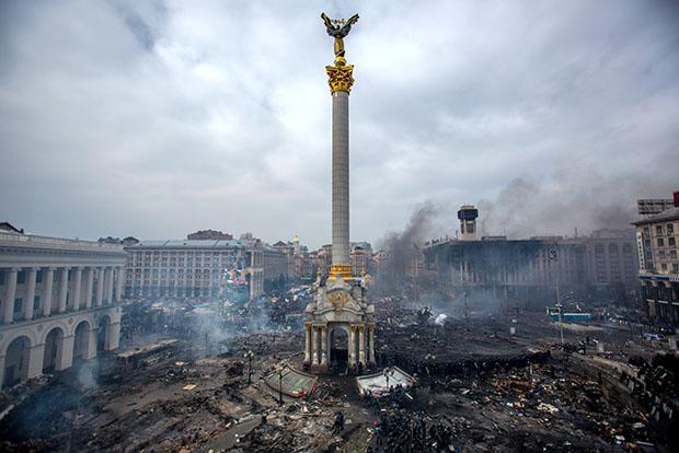 Пинчук так и не побывал на Майдане, хотя регулярно снабжал демонстрантов медикаментами