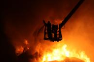 Пожар на заводе в Малой Вишере