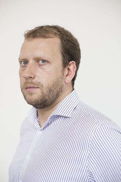 Игорь Лаухин управлял активами клиентов Новикомбанка