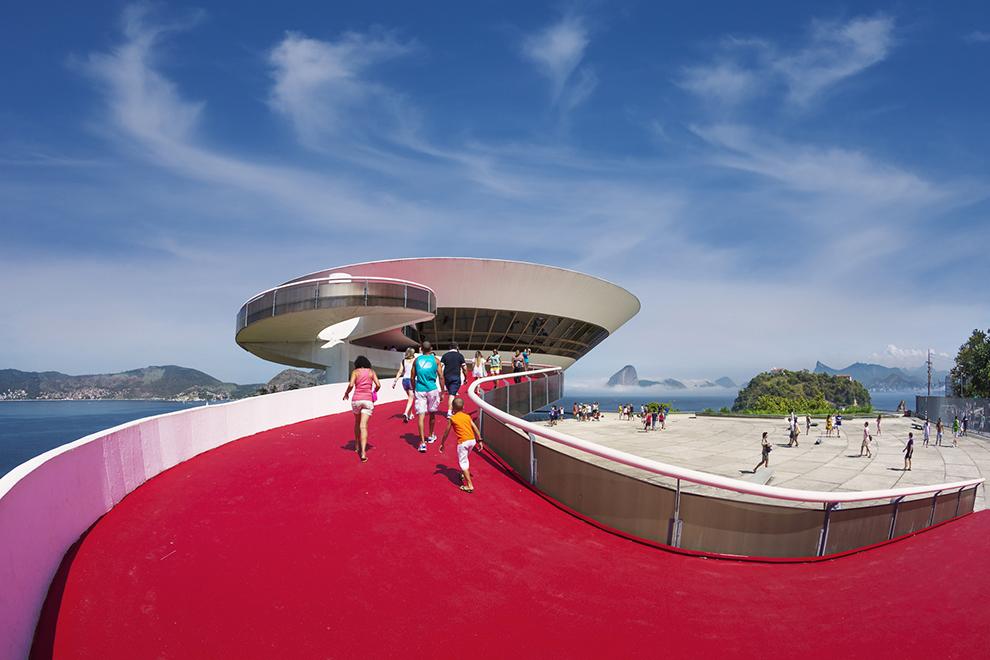 Музей современного искусства в Нитерой