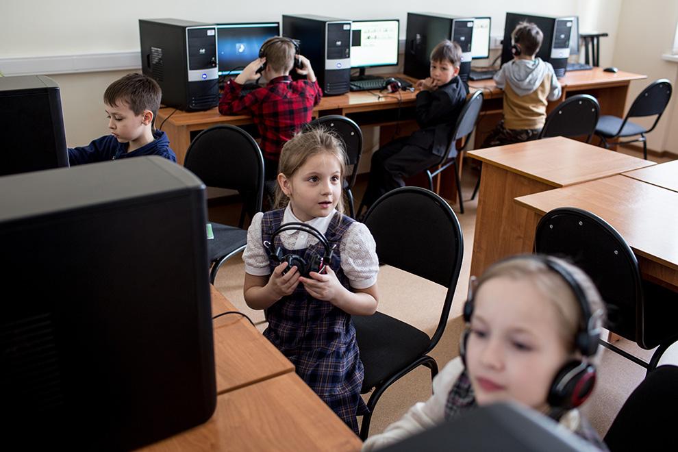 Школа с программистским уклоном для детей занимает целый этаж в офисе iSpring