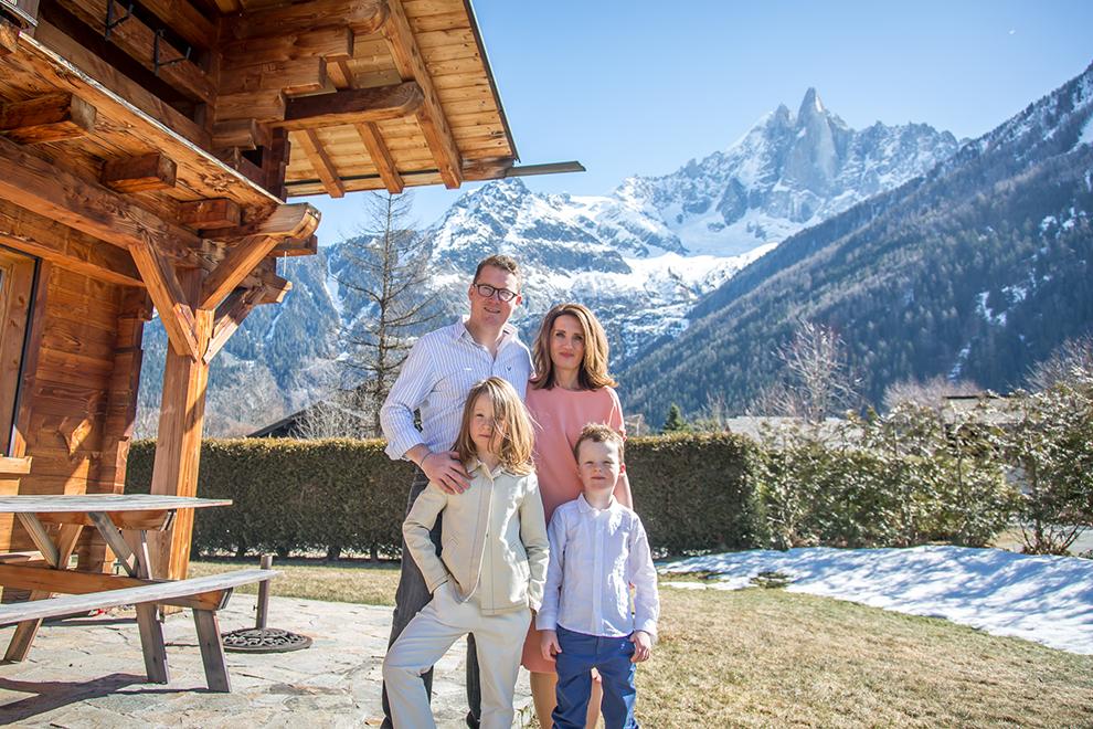 Мария Гордон с мужем и детьми.