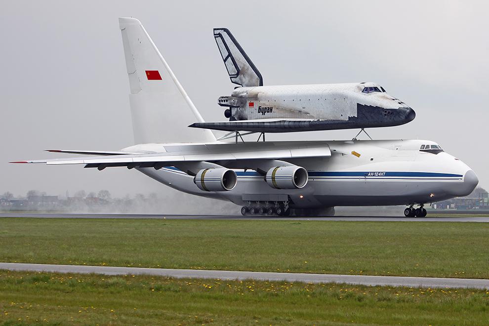 Так должен был выглядеть Ан-124КТ с «Бураном» на спине.