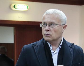 «Больше не банкир по трудовой книжке»: Александр Лебедев продал банковский бизнес