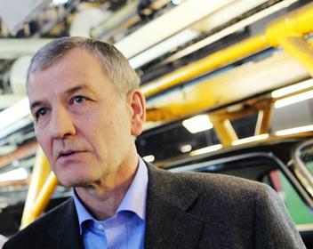 Крупнейшего в России автодилера «Рольф» выставили на продажу