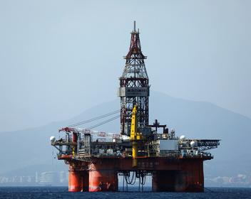 США готовятся запретить импорт нефти из Ирана. Цена Brent выросла до максимума за полгода