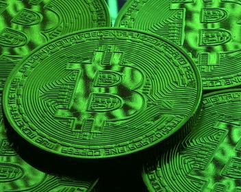 Курс биткоина вырос за неделю почти на 20%