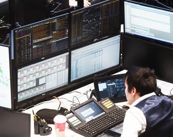 Замена депозитам: как получить доходность до 10% после падения ставок по вкладам