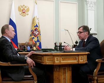 В 2016 году Путин предупредил Авена о готовящихся санкциях США