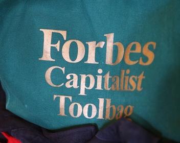 Forbes, Financial Times и Reuters создали коалицию для защиты журналистов