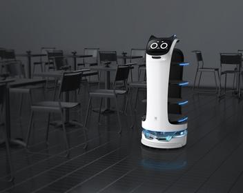 Робокот за $12 000: «Шоколадница» тестирует роботов-официантов