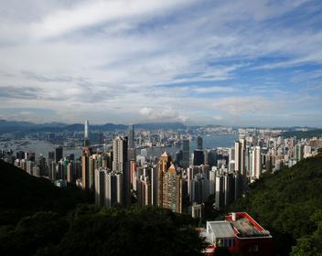 «Лучшая возможность в жизни»: зачем миллиардер из Гонконга во время протестов скупил заброшенные фабрики