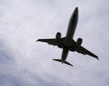 Глава Boeing написал письмо авиакомпаниям и пассажирам после скандала с 737 MAX