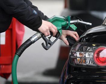 Рынок на костылях. Почему налоговый демпфер не снизит цены на топливо