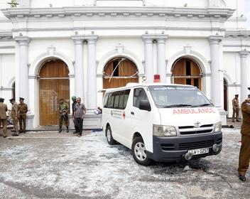 Что известно о взрывах в отелях и церквях на Шри-Ланке