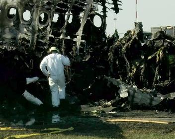 «Интерфакс» узнал об отстранении пилотов сгоревшего SSJ-100 от полетов из-за стресса