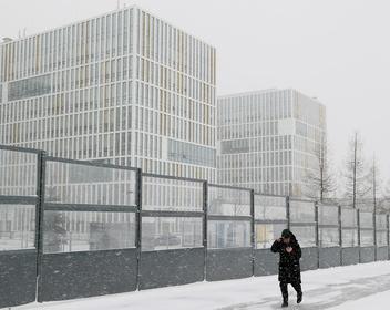 Когда будет пик заражений в России, новая система контроля за гражданами и запрет на вывоз чеснока: новости COVID-19