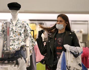 Россияне попрощались с привычным образом жизни: каким будет новое потребление?