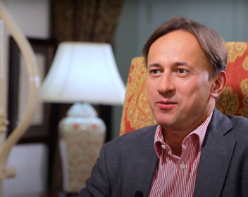 «Долина для меня слишком далеко»: Олег Железко об экспансии на Запад, сложных инвесторах и деле Калви